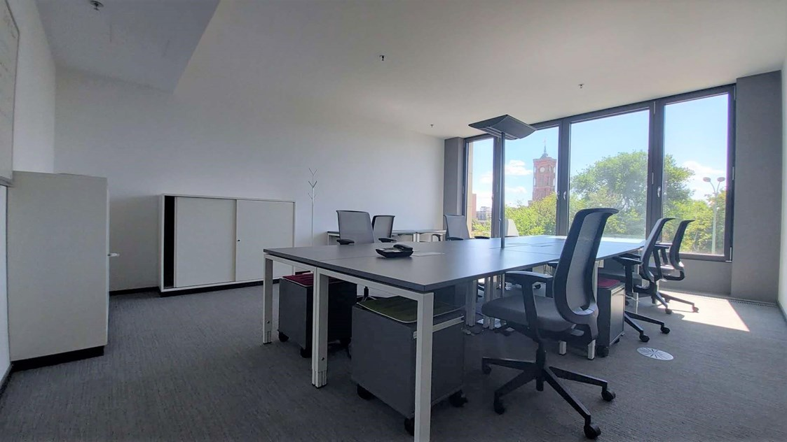 Coworking Space: 8er office available: 2800 EUR/month (all inclusive!) - TechCode - Global Innovation Eco-System