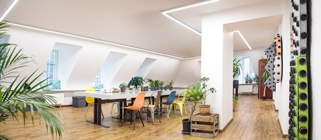 Coworking Space: Panorama Meeting Space - THE BENCH