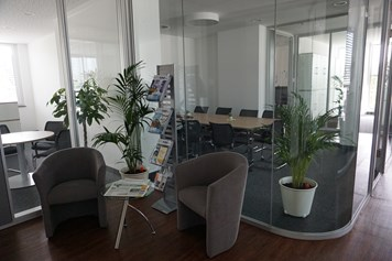 Coworking Space: Meetingraum - FLEXoffices
