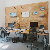 Coworking Spaces: skalitzer33 rent-a-desk