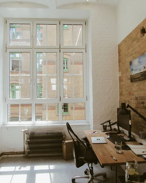 Coworking Space: skalitzer33 rent-a-desk