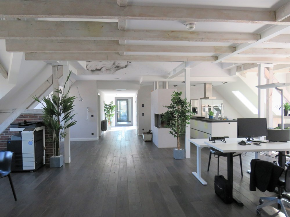 Coworking Space: Herzlich Willkommen im ersten Coworking Space in Lüdenscheid. Unser Open Space mit Loftcharakter im Humboldt4C.  - HUMBOLDT4C