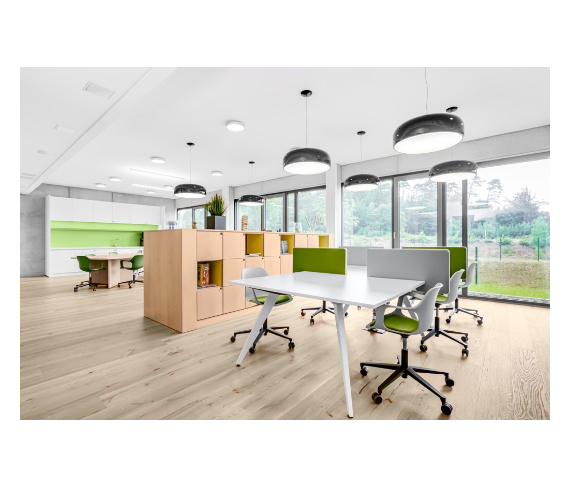Coworking Space: Offener Co-Working Bereich inkl. Stauraum - Regus KL