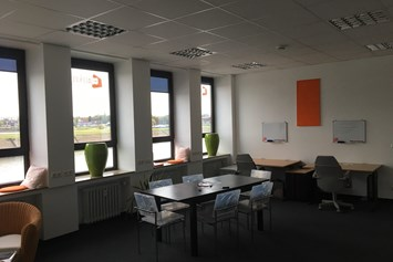 Coworking Space: The Creative One - Coworking am Rhein