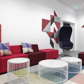 Coworking Space: Lounge - Topmoderne Arbeitsplätze im First Choice Business Center Wiesbaden